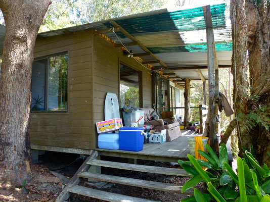 Bild: Lennart und Anu´s Hütte bei Byron Bay - Terrasse
