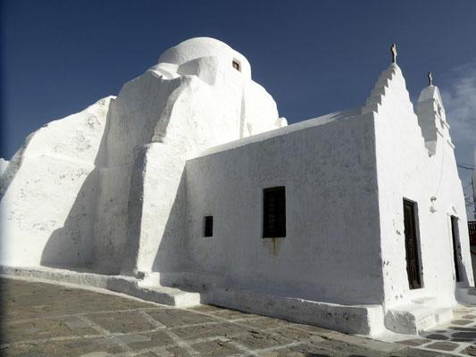Bild: Die Panagia-Paraportiani-Kirche in Mykonos