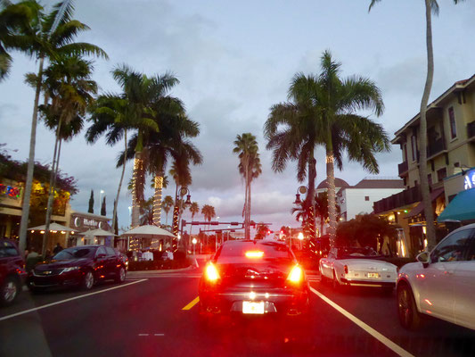 Bild: Avenue von Naples zum Abend