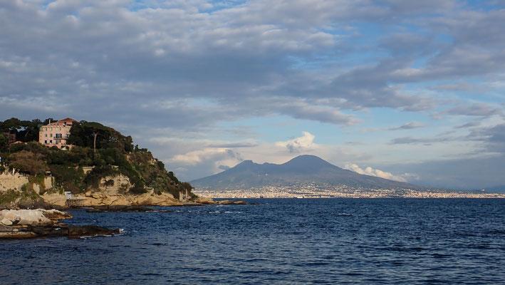 Bild: Posillipo Blick auf Vesuv