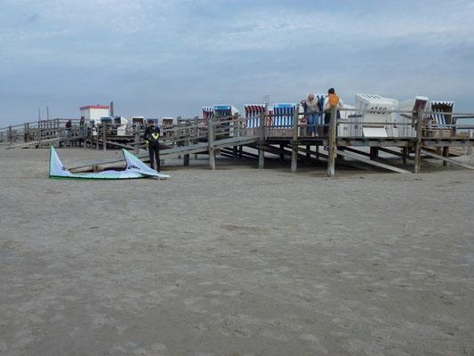 Bild: Strandkörbe am Strand von St. Peter-Ording