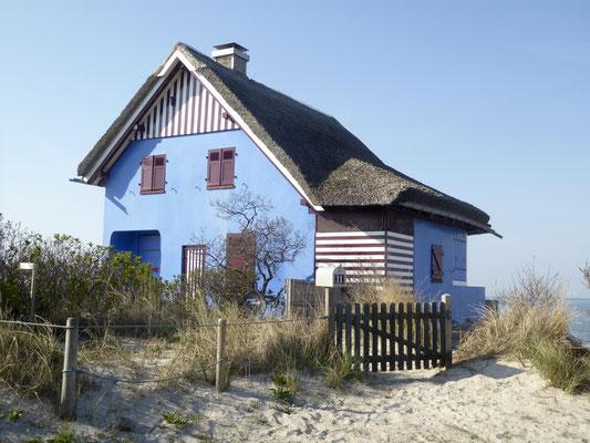 Bild: Blaues Haus auf Graswarder, Heiligenhafen