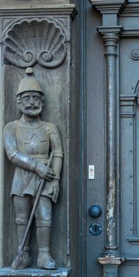 Bild: Reichhaltig verzierte Fassade des Krummelschen Hauses in Wernigerode