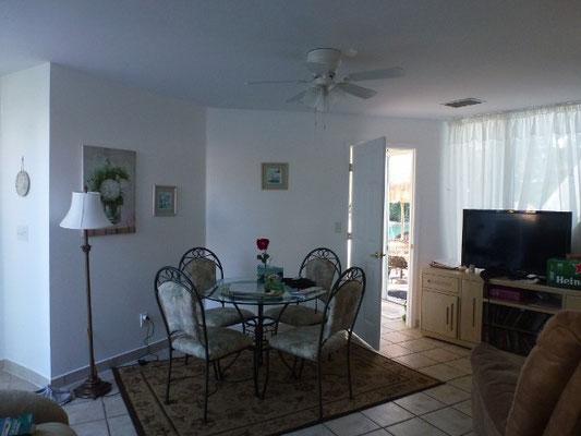 Bild: Unser Wohnzimmer in der Pyramide bei Fort Myers