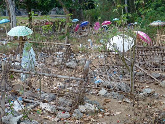 Bild: Friedhof auf Lembongan