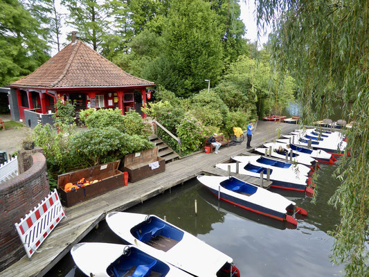 Bild: Bootsverleih auf der Liebesinsel