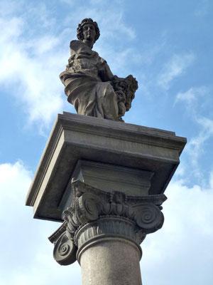 Bild: Piazza della Repubblica