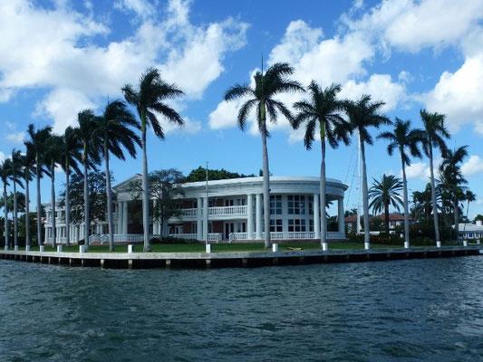 Bild: Villa am Meer