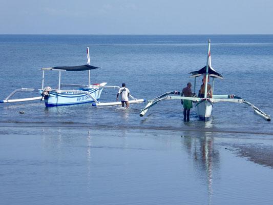 Bild: Fischerboote in Lovina