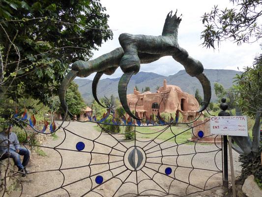 Bild: Eingang zum Terracotta Haus in Villa de Leyva