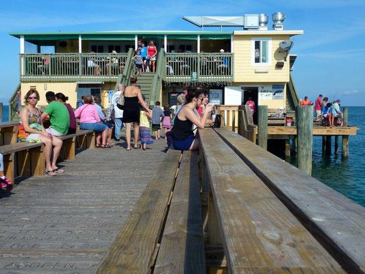 Restaurant am Ende der Pier a