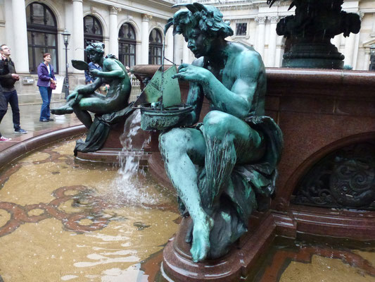 Bild: Brunnenfigur