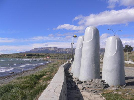 Bild: Punta Arenas - Finger am Strand