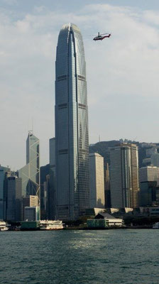 Bild: Blick vom ICC in Hongkong in 393 m Höhe