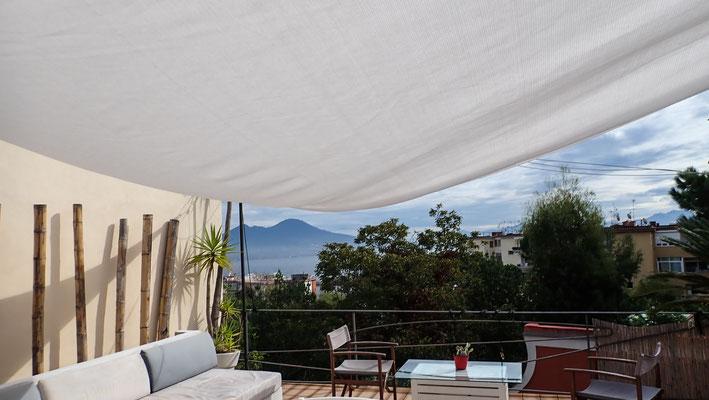 Bild: Fauler Vormittag auf Terrasse