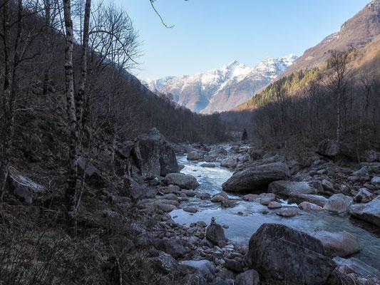 Bild: Der reißende Fluß Verzazca