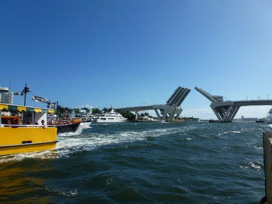 Bild: Zugbrücke