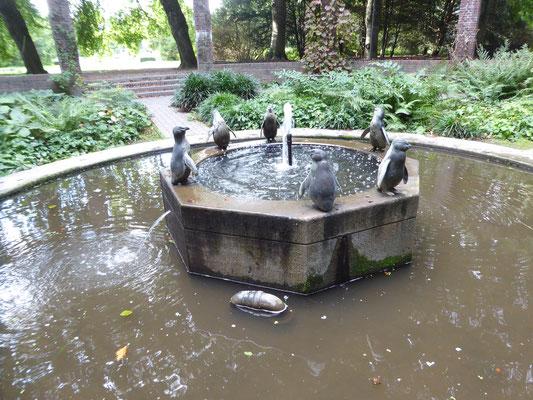 Bild: Pinguinbrunnen