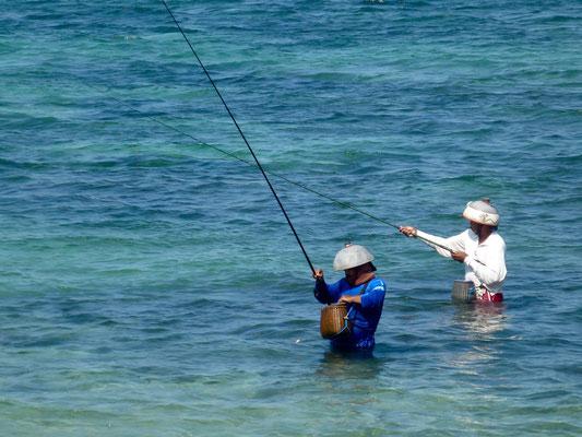 Bild: Angler im Wasser - Foto 2