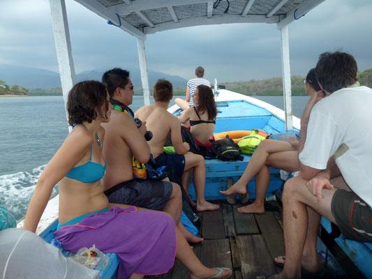 Bild: Unsere Schnorchelgruppe auf dem Boot