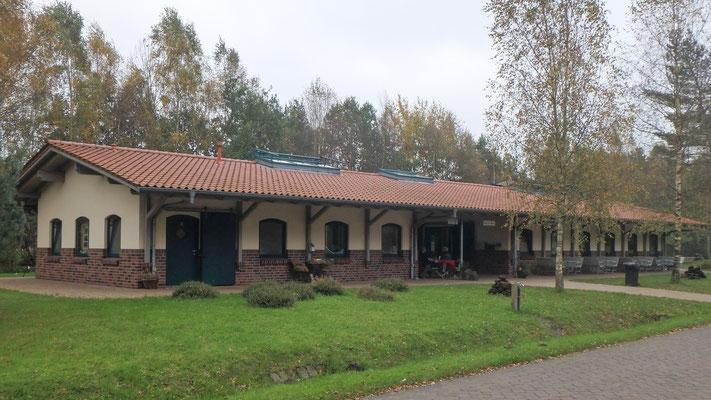 Bild: Der Bahnhof der Moorbahn