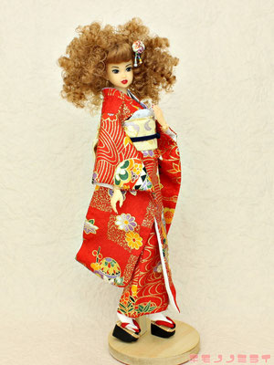 momoko kimono,momoko 着物,モモコ 振袖