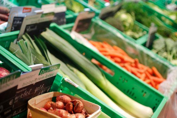frisches Bio-Gemüse bei natur pur in Herborn