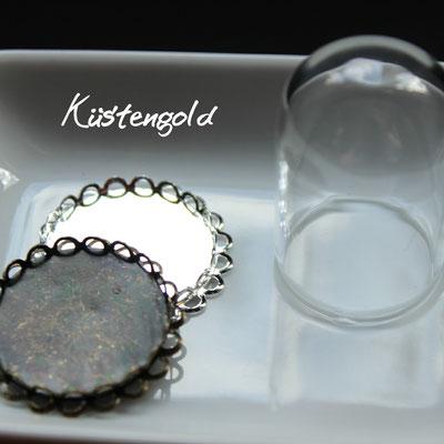 Längliches Glas 2,5cmx3,8cm in silber und vintage