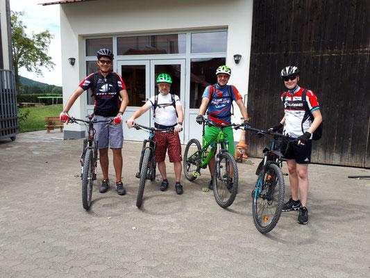 Geführte Mountainbike-Tour | MTB-Guide Daniel