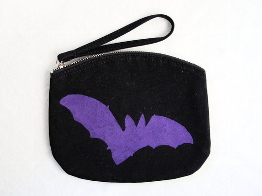 New stencil print zipper pouches - purple bat organic cotton - Zebraspider DIY Anti-Fashion Blog