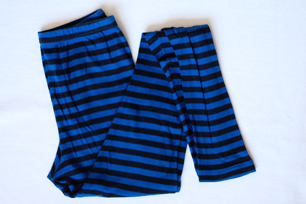 Flohmarkt: Röcke und Leggings - Ringel blau - Zebraspider DIY Anti-Fashion Blog