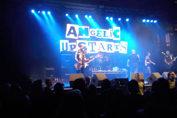 Rebellion Festival 2017 - Angelic Upstarts - Zebraspider DIY Anti-Fashion Blog