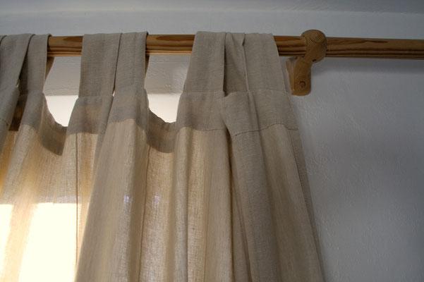 Coole Klamotten auch für die Fenster - alter Vorhang - Zebraspider DIY Anti-Fashion Blog
