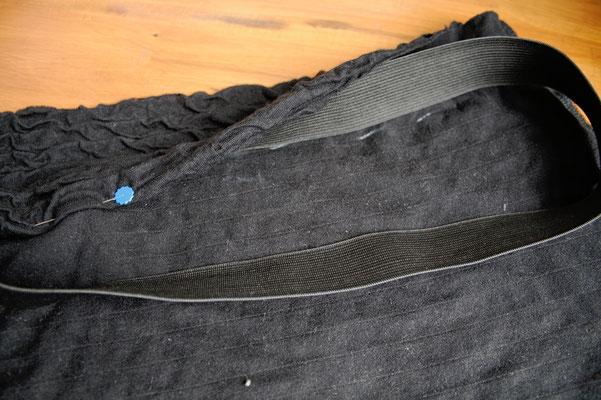 Das Potential eines hässlichen T-Shirts - Minirock nähen - Zebraspider DIY Blog