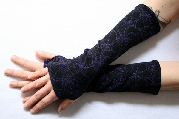 Stoffmuster selbst drucken - Spinnennetz Armstulpen - Zebraspider DIY Anti-Fashion Blog