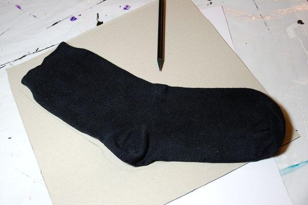 DIY Bleichgel - Pappe für Socken - Zebraspider DIY Blog