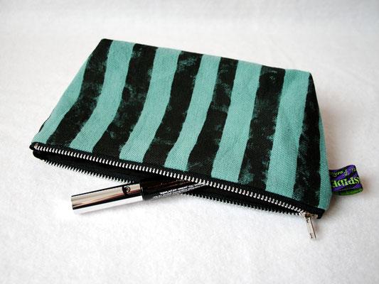 Warum Zebraspider immer grüner wird - Kosmetiktasche aus Biobaumwolle - Zebraspider DIY Anti-Fashion Blog