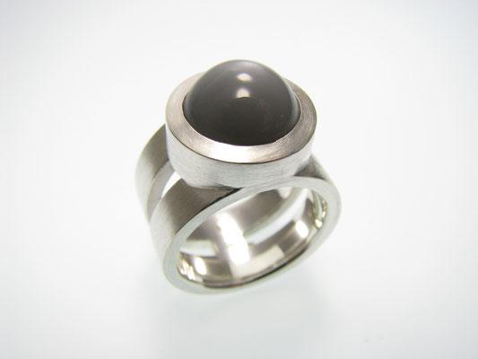 Ring in Silber mit indischem Mondstein