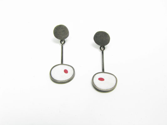 Ohrringe Silber und Kunststoff