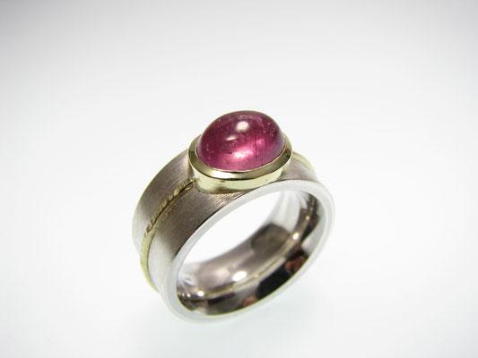 Ring in Silber mit Gold und Turmalin