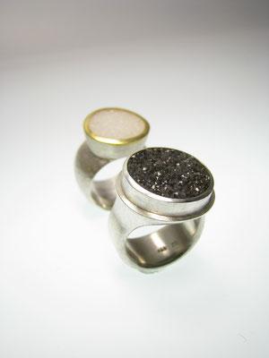 Ringe in Silber mit Feingold und Kristallachat