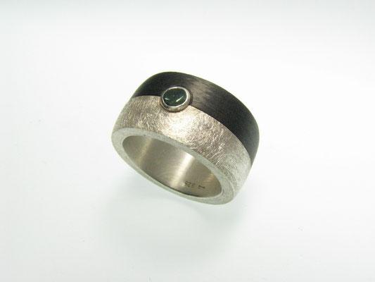 Ring in Silber mit Carbon und Turmalin