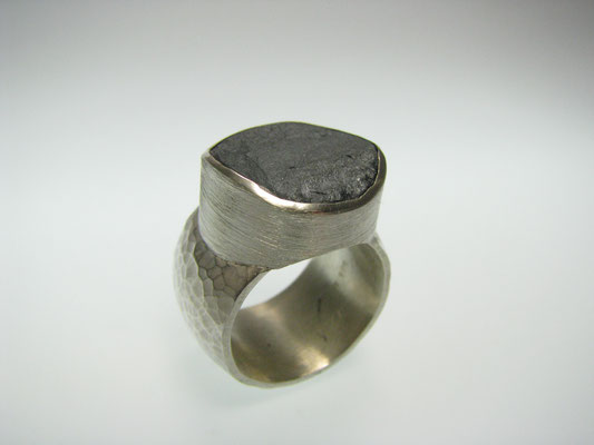 Ring in Silber mit Pyrith