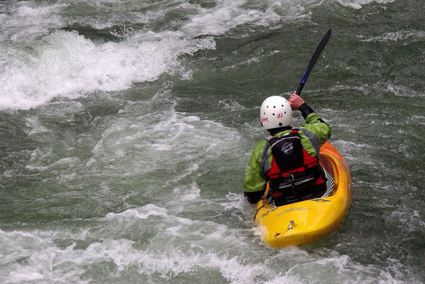 Kayak, hydrospeed, canyoning....