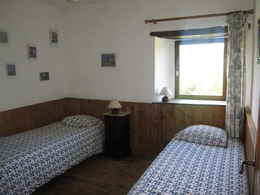 """Chambre """"d'art"""", 2 couchages, avec salle-de-bain"""