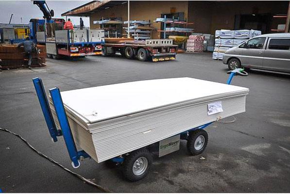 Elektrischer Transportwagen für Baustellen
