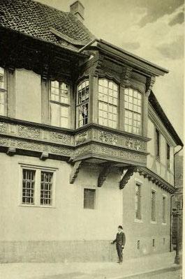 Bild 2: Erker von 1591