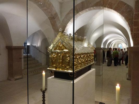 Romanischer Godehardsschrein in der Krypta des Hildesheimer Doms