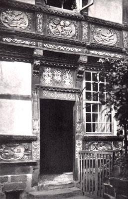 Foto 4: Eingang am Hinterhaus der Kreuzpropstei