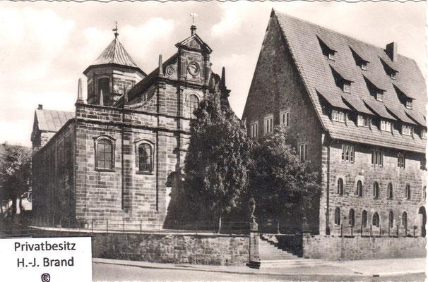Kreuzkirche nach 1945 mit neuer Turmbedachung